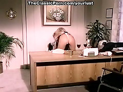 Fucking hot vintage blonde gets her retro pussy satisfied in doggy pose