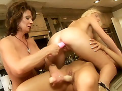 Porn legends Demi Delia, Devon Lee, Jacey Andrews and Phyllisha Ann are having gonzo lesbian orgy