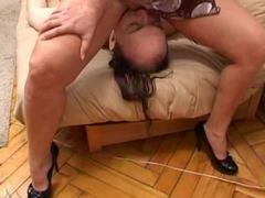 Mature lady gets her pussy and ass licked