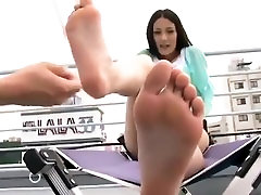 Large toes asian woman