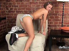 Lovesome girl opens up juicy vagina and gets deflorated
