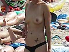Big Tits Amateur Bikini Topless Teens - Voyeur Beach Video