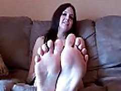 Suck on each one of my perfect little toes