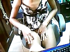 Sexy Asian Girl Show Her Pussy - SuperJizzCams.com
