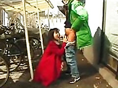 Amateur Asian bitch goes down on a guy in a public place on AsianGfs.net