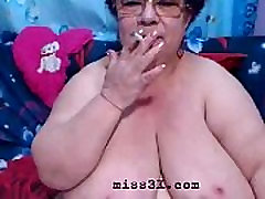 Old ssbbw show her big boobs and fat ass