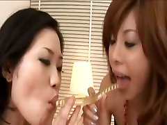 stunnigly hot sexy asian lesbians