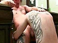 Twinks arrange a sexy gay act