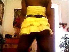 Phatty in tight yellow skirt