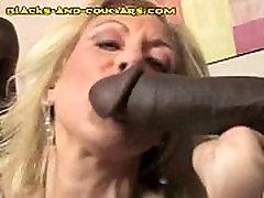 Mature Babe Sucks Blacks
