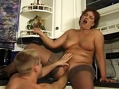 Mature lady gets crammed in a 3some fuck