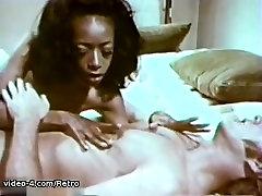 Retro Porn Archive Video: City Women