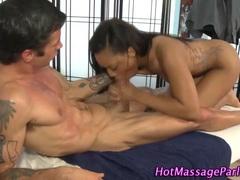Ebony masseuse stunner takes facial