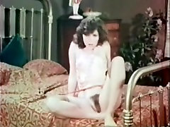 Susies Sofa - Early 70s - Vintage Video