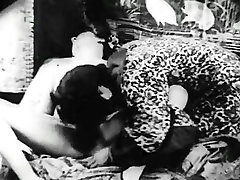 Retro Porn Archive Video: groping didlo 1920s 06