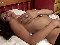Sexy Oriental mother Id like to fuck playing with herself
