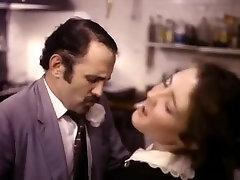 sanni leaona denise bressette movie scene featuring a hot waitress