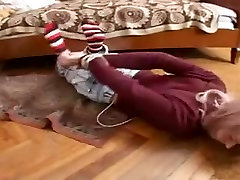 Russian teen Nadia gets a hardcore masag arab anal