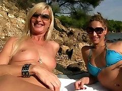 Exotic Blowjob, Outdoor porn scene