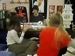 STP4 Vintage Teens Enjoy A Threesome !