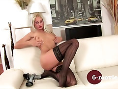 6-movies.com - Blonde girl enjoy herself at home -
