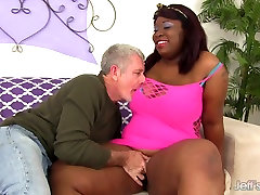 Black mmauth fak Has White Dick Stuffed in Her Mouth & Twat