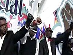 Interracial Blowbang - Black Dudes Fuck White Slut In Nasty Gangbang Fuck Video 18