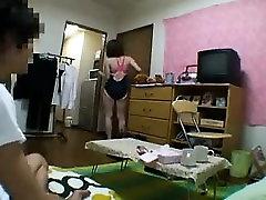 Sweet Japanese babe invites her boyfriend to please her ach
