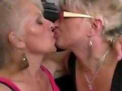 Mature lesbian three way