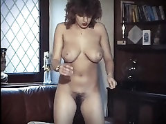 ROCK & ROLL - vintage bouncy big boobs strip dance
