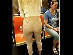 amateur-milf-pics.blogspot.com Sexy pawg in tight white pants
