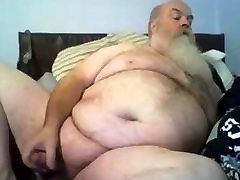 Chubby polar bear cums