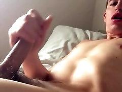 Good Looking Boy Wank his Big Cock