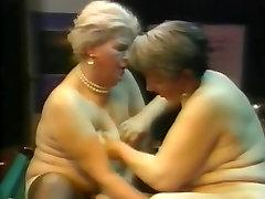 bog style fuck Lesbians Grannys R20