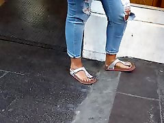 Candid teens fat feets and black toes birkenstocks