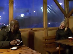 Invited a stranger beauty cutie crazy trainer to fuck my blonde wife