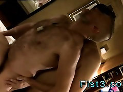 Gay male ass fisting gallery Piggie Tims Massive Rosebud