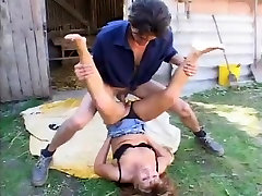 stallbursche fickt granny anal