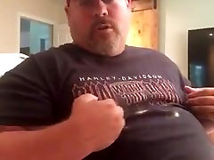 Daddy bear cum without hand
