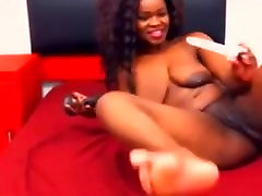 Afro babe with real big booty first time anal on camera