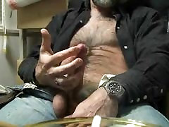 Hairy big dick daddy