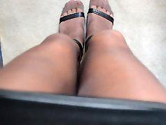 Rubbing Legs in RHT Pantyhose