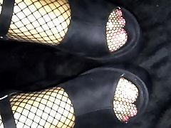 Trampling Queen PERFECT FEET shoejob ,footjob stockings