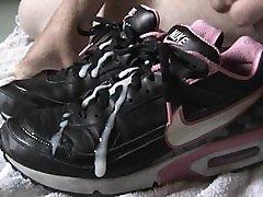 Again black and Pink Nike Classics BW