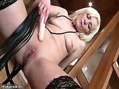 Dirty blonde mature whore gets horny part3