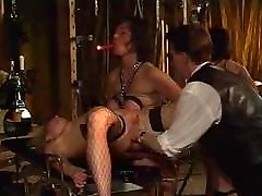 fischnet girl fisted in bdsm