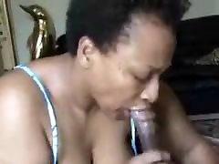 Black mature surecan suck dick