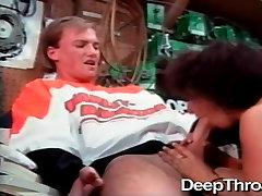 Deepthroat.XXX india hindi bhojpuri porn Backdoor to HarleyWood 2