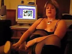 Home video - mature girl in black lingerie