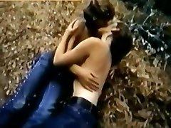 swinger mom wild jav Dans Les Bois...